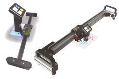 Digitale Präzisions- Längenmaßstäbe mit Kamera und großem Farb-Display zu parallaxfreie Messung von Abständen auf Flächen. Messbereich bis 480mm.